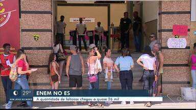 Mais de 25 mil estudantes não fizeram primeiro dia de prova do Enem - ES está entre os cinco estados com mais faltosos.