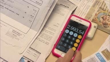 Empréstimo pessoal é o maior vilão da inadimplência no Brasil - Segundo o SPC Brasil, 68,8% dos que têm essa dívida estão negativados. Aluguel e plano de saúde são os compromissos mais honrados.