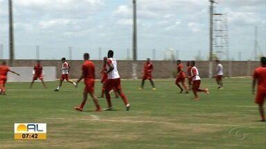 CRB enfrenta o Cuiabá e tenta conquista três pontos fora de casa - Galo faz para sua segunda partida seguida longe de Maceió