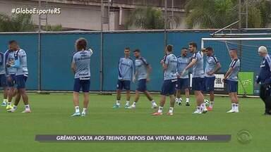 Depois da vitória no Grenal, Grêmio volta aos treinos nesta terça-feira - O time enfrenta o CSA na quinta-feira.