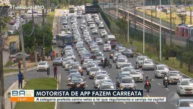 Motoristas por aplicativo protestam contra os vetos da lei que regulamenta a atividade - Na segunda-feira (4), também houve carreata na Av. Paralela.