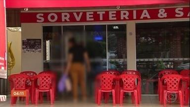 Dono de sorveteria é denunciado por assédio sexual por 27 mulheres em Goiás - Todas elas são ou eram funcionárias do local. O homem está preso.