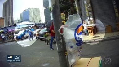 Ambulantes vendem chumbinho apesar da proibição de uso do produto - Veneno para matar ratos, conhecido como chumbinho, pode ser encontrado com facilidade em diversos lugares.