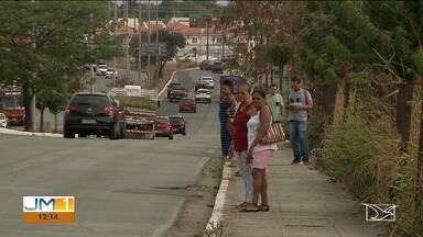Sem infraestrutura adequada, avenidas de São Luís representam perigo para pedestres - Algumas vias não possuem faixas para pedestres e paradas de ônibus.