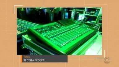 PRF apreende instrumentos musicais contrabandeados em Venâncio Aires - Equipamentos eram de origem estrangeira e foram localizados dentro de um estabelecimento comercial.