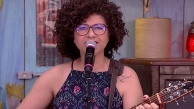Roberta Campos canta 'Casinha Branca' - Confira