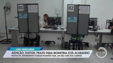 Link Vanguarda tira dúvidas dos eleitores sobre cadastramento biométrico - Cidades da região têm mutirão neste sábado (9).