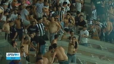 Atlético-MG x Cruzeiro termina sem gols e com brigas dentro e fora do estádio - Atlético-MG x Cruzeiro termina sem gols e com brigas dentro e fora do estádio