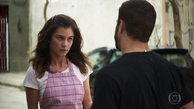 Joana sente que Josiane não é filha de Maria da Paz - Maria da Paz diz estar desmotivada após prisão de Josiane