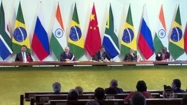 Cúpula do BRICS foca nas intenções de avanço econômico do bloco - O encontro entre Brasil, Rússia, Índia, China e África do Sul terminou sem nenhuma menção à crise política na Venezuela, Chile e Bolívia.