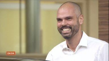 Prefeito de São Paulo recebe alta depois de 22 dias internado - Bruno Covas está em tratamento contra um câncer e fez as duas primeiras sessões de quimioterapia.