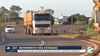 PRF espera grande movimento nas estradas no feriadão - PRF espera grande movimento nas estradas no feriadão