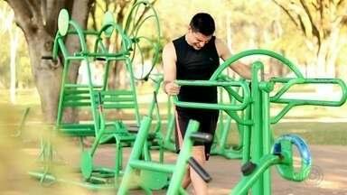 Triatleta da região mostra superação para praticar o esporte e competir - Triatleta da região mostra superação para competir.