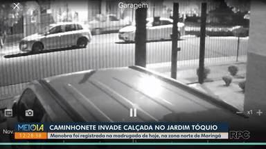 Caminhonete invade calçada no Jardim Tóquio - Ação foi flagrada por câmera de vigilância.
