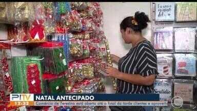 Comércio abre no feriado e clientes aproveitam para fazer compras natalinas - Comércio abre no feriado e clientes aproveitam para fazer compras natalinas