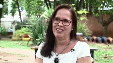 Professora de Cianorte é exemplo de dedicação e amor - Ela lutou pela implantação de um Caps Infantil na cidade.