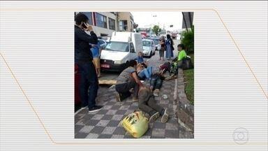 Polícia investiga morte misteriosa de quatro pessoas na Grande São Paulo - Grupo estava na rua e passou mal depois de beber um líquido ainda não identificado.
