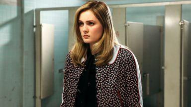 Ela Vai Chorar - O falso suicídio de Heather Chandler repercute de forma positiva para ela. Enquanto isso, os outros Heathers devem se adaptar a uma nova vida liderada por Betty Finn.
