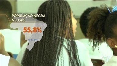 Cidade de São Paulo tem mais de 500 atrações no Dia da Consciência Negra - Na Virada da Consciência, em São Paulo, tem música, palestras sobre educação financeira para jovens, feira literária, orientação sobre profissões e gastronomia. Participam da mesa Afro Brasil 35 bares, restaurantes e hamburguerias de São Paulo.