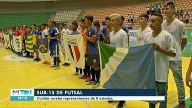Cuiabá recebe atletas de oito estados no Campeonato Brasileiro de Seleções Sub-15 de futsa - Cuiabá recebe atletas de oito estados no Campeonato Brasileiro de Seleções Sub-15 de futsal.