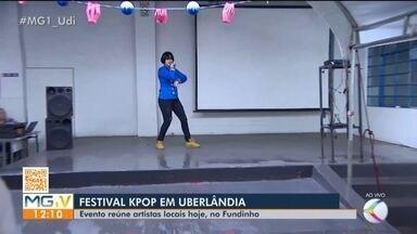 Festival K-pop reúne artistas locais no Bairro Fundinho em Uberlândia - A cerca de dez anos a cidade tem grupos e solos que fazem covers inspirados nas músicas coreanas. O festival foi pensado para comemorar uma década de atividades artísticas e atender a crescente demanda pelos fãs regionais.