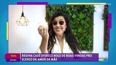 Gshow no 'Se Joga' 25/11: Regina Casé oferece bolo para o elenco de 'Amor de Mãe' - Regina Casé diz que o elenco inteiro da novela já está morando em seu coração e é chamada de mãezona