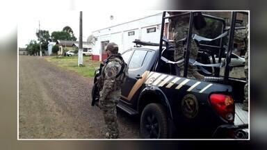 Operação da Polícia Federal prendeu três acusados pela morte de cacique - Crime ocorreu em 2017, na Reserva Indígena da Serrinha.
