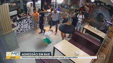 Homens que agrediram mulher em bar da capital prestam depoimento - De acordo com a polícia civil, eles se apresentaram espontaneamente e disseram estar arrependidos, caso é investigado.