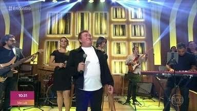 Amado Batista canta 'Meu Ex-Amor' - Confira