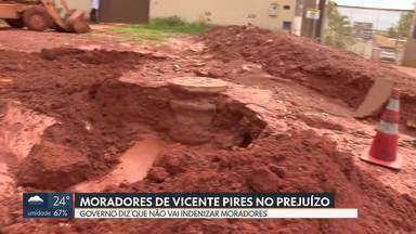 Moradores de Vicente Pires ficam no prejuízo - Famílias que tiveram as casas invadidas pela lama por causa da chuva não terão ajuda do Governo.