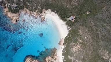 Globo Repórter - Sardenha - 29/11/2019 - 'Globo Repórter' visita a ilha de Sardenha, na Itália, e desbrava seu mosaico de cores, cheiros e sabores.