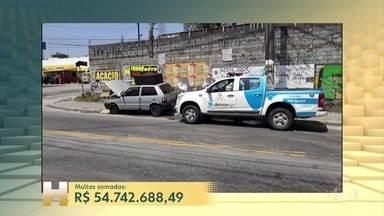 Polícia de São Paulo apreende carro campeão de multas - O veículo acumula mais de três mil multas que, somadas, passam de 54 milhões de reais.