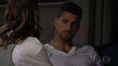 Débora diz que vai fazer Jorginho esquecer Nina - Débora diz que vai fazer com que Jorginho a ame