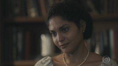 Shirley pede perdão a Inês - Inês não entende por que a mãe nunca enviou suas cartas para Afonso e nem entregou as recebidas pelo pai que a criou