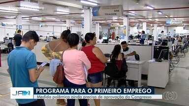 Programa do Governo Federal incentiva contratação de jovens que nunca trabalharam - Em Goiás, quase 180 mil jovens estão em busca de emprego.