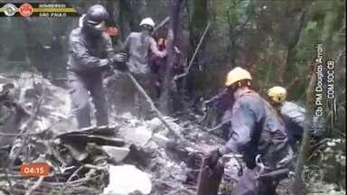 Aeronáutica vai investigar causas da queda de bimotor na Serra da Cantareira, em SP - A aeronave saiu de Jundiaí para pousar no Campo de Marte, em São Paulo. A distância é de cerca de 50 km.