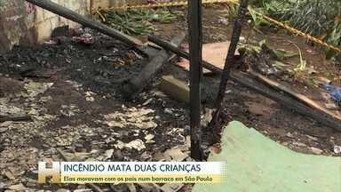 Incêndio em barraco mata duas crianças em São Paulo - A polícia suspeita que uma vela provocou a explosão de uma galão de álcool que era usado como combustível para aquecer e preparar alimentos.