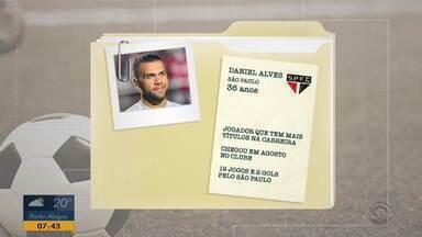 De Olho Nele: time colorado precisa ficar atento ao jogador Daniel Alves - Lateral é o principal jogador do São Paulo.