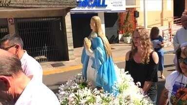 Em Passo Fundo, fiéis homenageiam Nossa Senhora da Conceição - Santa é padroeira da cidade.