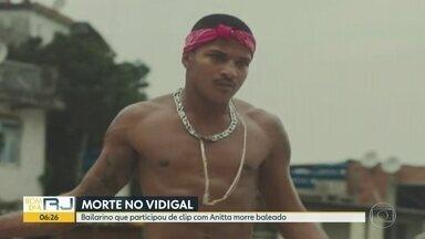 Bailarino que participou de clipe com Anitta é encontrado morto no Vidigal - Rodrigo da Motta, que participou do clipe 'Vai Malandra' da cantora Anitta, foi encontrado baleado perto de casa, no Morro do Vidigal.