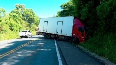 Jovem morre em acidente na ERS-135 em Erebango - Ele colidiu frontalmente com um caminhão.