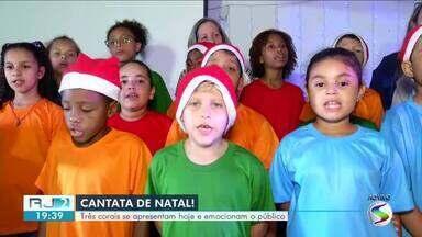 Cantatas de Natal emocionam público em Resende - Vozes das Agulhas Negras, Coral da Primeira Igreja Batista de Resende e Coral Infantil da Escola Sagrado Coração de Jesus se apresentaram no evento.