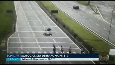 Motociclista derrapa e caí na PR 317 - Acidente foi na manhã desta quarta-feira (11).