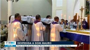 Foi sepultado corpo de Dom José Mauro Ramalho, primeiro bispo de Iguatu - Confira mais notícias em g1.globo.com/ce