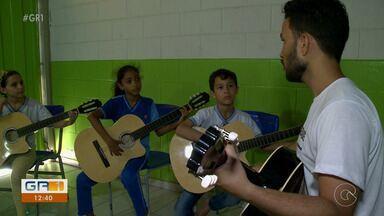Laboratório de música transforma vida de estudantes em Petrolina - Essa expressão artística está sendo inserida na rotina escolar.