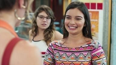 Nanda conta para Marquinhos que está sem dinheiro para garvar clipe - A menina pede patrocínio para Carla