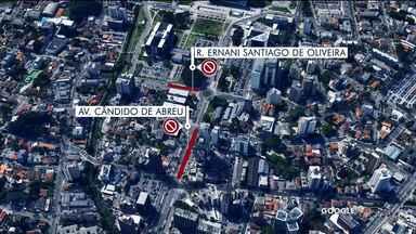 Festa no centro cívico deixa várias ruas bloqueadas - O bloqueio começou às 8h pra festa do Natal Solidário que é realizada neste sábado(14)