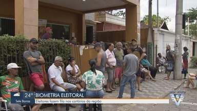 Eleitores enfrentam filas para cadastro da biometria em Registro e Cubatão - Prazo para cadastro termina no dia 19 de dezembr nas duas cidades.