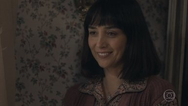 Clotilde conversa com Lola sobre encontro com Almeida - Lola agradece apoio de Clotilde durante a dificuldade financeira