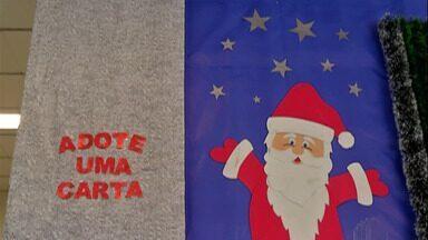 Campanha 'Papai Noel dos Correios' é prorrogada até o dia 17 de dezembro - O padrinho só compra o presente e a entrega fica por conta dos Correios.